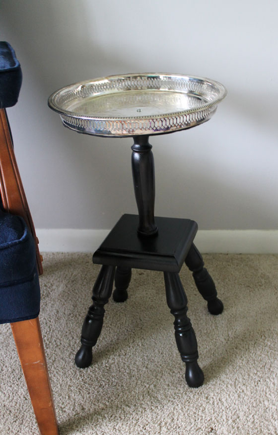 {A Smith of All Trades} Metalic Pedestal Side Table4