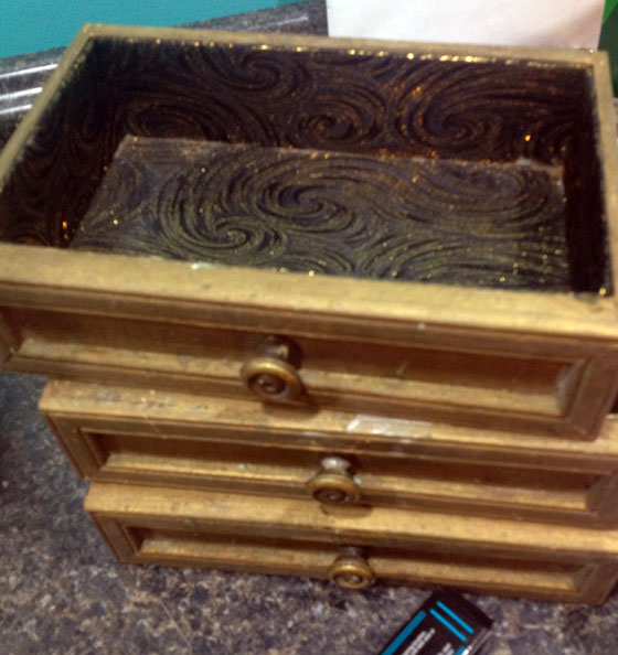 Jewelry box drawers