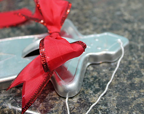 Cookie Cutter Bow