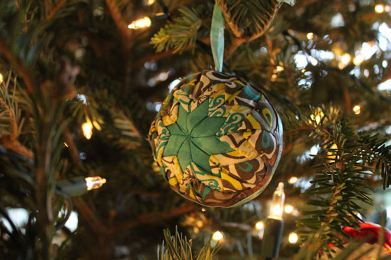 Quilted ornament teal