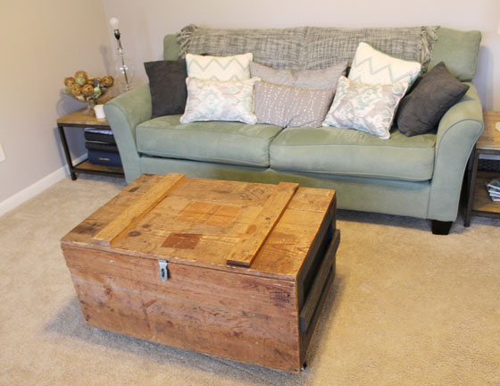 Vintage a smith of all trades for How to make a coffee table out of crates