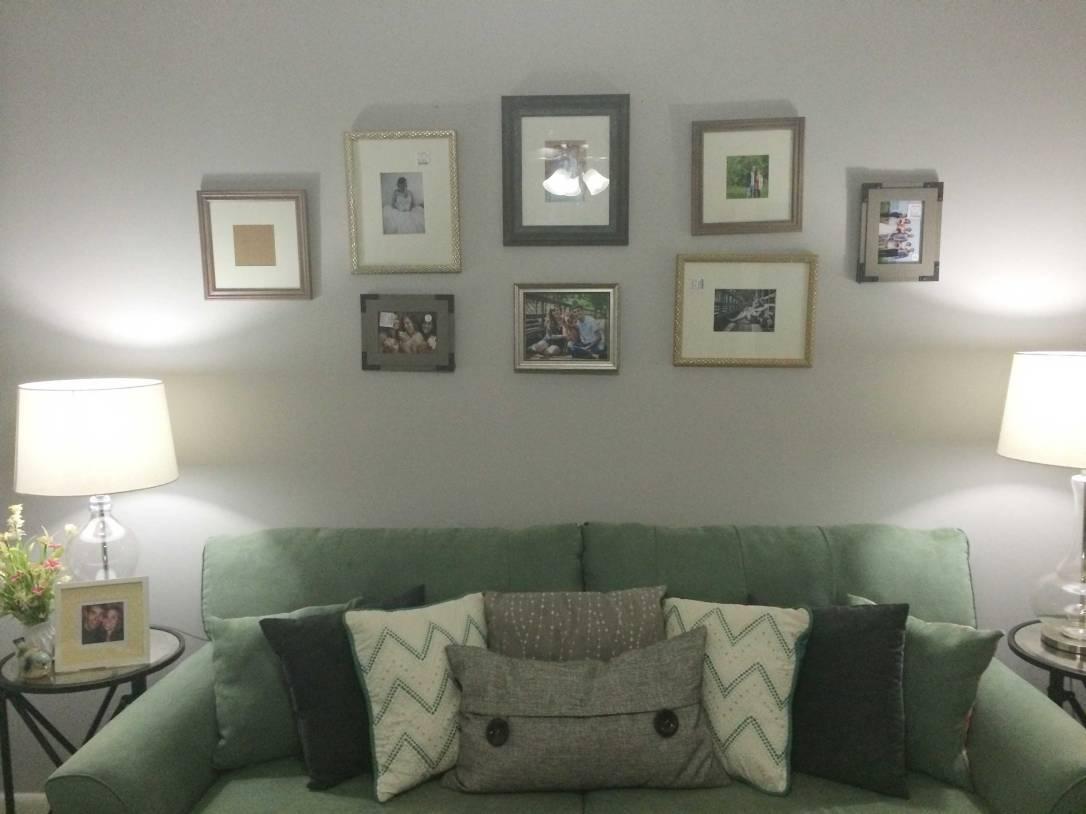 gallery-wall_photos_close