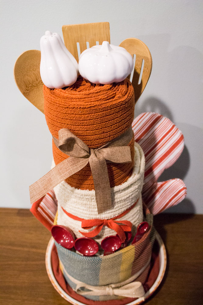 Kitchen-Towel-Cake_Final2