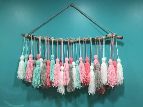 DIY-Branch-Tassel-Art